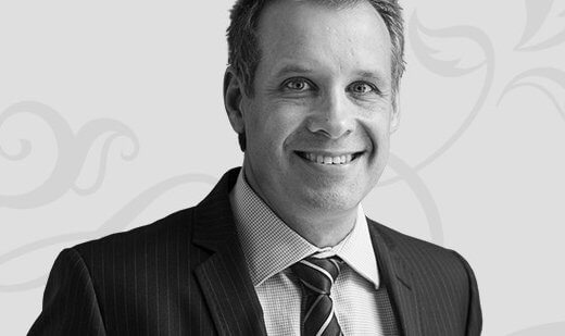 Dr Peter Laniewski, specialist plastic surgeon, profile image for about page 02